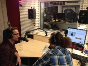 Der PopPianoKurs bei Radio Gong Würzburg